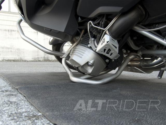 AltRider Crash Bars for the BMW R 1200 GS (2003-2012) - Red - Additional Photos