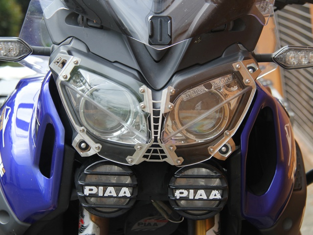 AltRider Clear Headlight Guard for the Yamaha Super Tenere XT1200Z - Installed