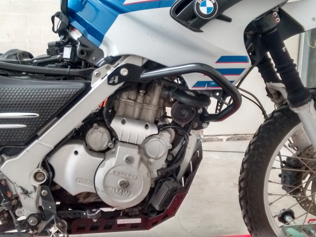 AltRider Crash Bars for the BMW G 650 GS - Black - Installed