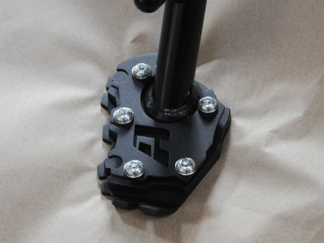 AltRider Side Stand Enlarger Foot for the BMW R 1200 GS & R 1250 GS Water Cooled - Installed