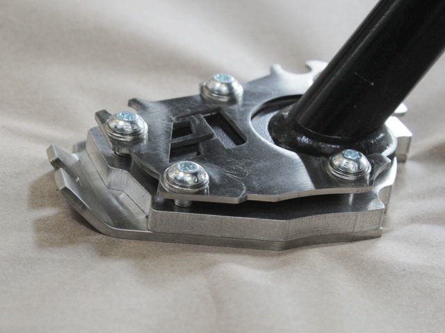 AltRider Side Stand Enlarger Foot for the BMW R 1200 GS Water Cooled - Installed