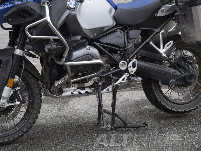 AltRider Skid Plate for the BMW R 1200 GS Adventure Water Cooled - Installed