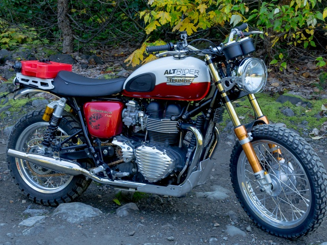 Triumph bonneville single seat review