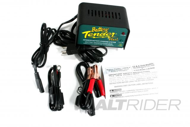12 Volt Battery Tender Plus - Product Contents