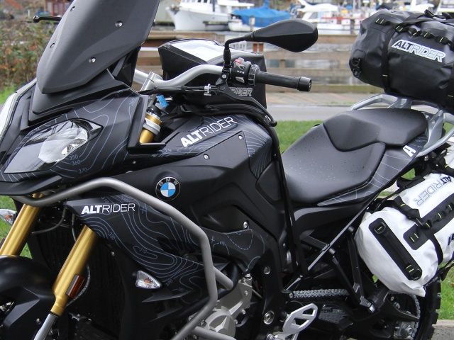 AltRider Decal Kit for the BMW S 1000 XR - Additional Photos