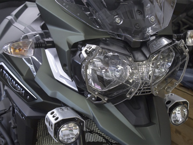 AltRider Clear Headlight Guard for the Triumph Tiger 800 - Silver - Installed
