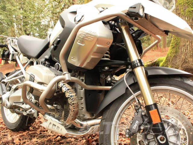 AltRider Crash Bars for the BMW R 1200 GS (2003-2012) - Silver - Installed