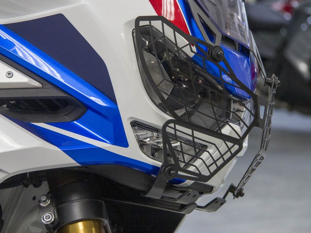 AltRider Headlight Guard for the Honda CRF1100L Africa Twin ADV Sports - Installed