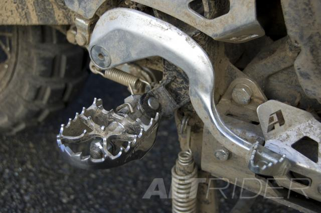 Pivot Pegz MK3 WIDE for Yamaha Super Tenere XT1200Z - Installed